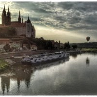 Вечер в Мейсене и Эльба и воздушные шары :: Николай Милоградский