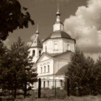 Храм.Верея. :: Лариса Журавлева