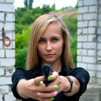 Вооружена и очень опасна :: Екатерина Кузнецова