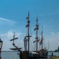 У выхода из порта Волендам :: Witalij Loewin