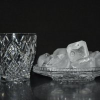 Кубики льда :: Лариса Лунёва