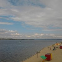 Тучки над пляжем :: марина ковшова