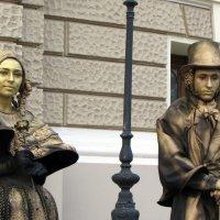 ...живые статуи Одессы :: Елена Михайловна