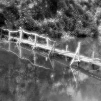 Старый мостик. :: владимир