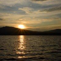 Солнце катится под гору - с Сугомака к Егозе :: Полина Потапова
