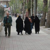 Иран. Улица Горгана :: Elena Соломенцева