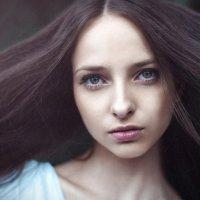 ветер в ее глазах :: Сергей Пилтник