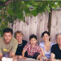 семья :: Tengiz Chelidze
