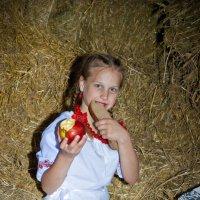 А сорочка мамина серцю мила... :: Юлия Коноваленко (Останина)