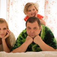 Папа дочка и внучка :: Елена Корниенко