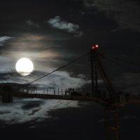Большая Луна :: Артем Устюжанин