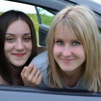 Вера и Наташа :: Виктория Большагина