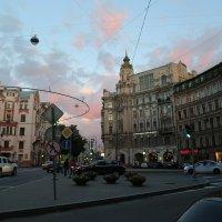 Белые ночи 2 (Австрийская площадь СПб) :: Елена Разумилова