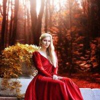 Красное платье :: София Чацкая