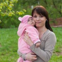 С дочкой. :: Алексей Ковынев