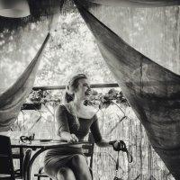 В Кафе :: Юлия Серова