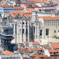 Лиссабон из замка - подъемник и монастырь. :: Ольга Васильева