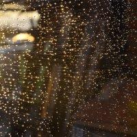 Капли дождя на стекле :: Екатерина П.