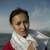 девушка с берега Байкала :: Виктор Перякин