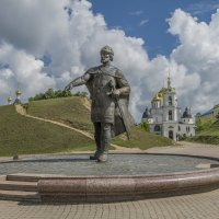 Памятник Юрию Долгорукому в Дмитрове. :: Михаил (Skipper A.M.)