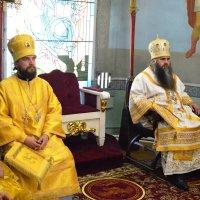 Седален. (Митрополит Георгий и епископ Арсений - слева). :: Sergey Serebrykov