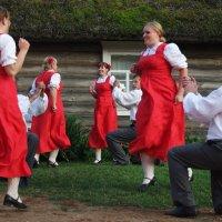 Танец 1 :: Юрий Бондер