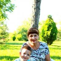 бабушка с внуком :: олег мысак