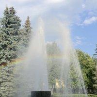 Великие Луки. Радуга в фонтане... :: Владимир Павлов