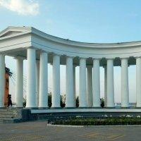 Воронцовская колоннада. :: Юлiя :))