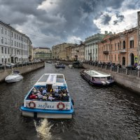По рекам и каналам Санкт-Петербурга :: Valeriy Piterskiy
