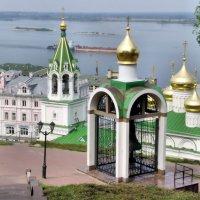 На нижегородской Скобе :: Владимир Андреевич Ульянов