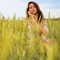 В поле :: Степан Сопегин