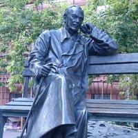 """Памятник не только автору """"Дяди Стёпы"""" но трёх(!) гимнов :: Galina194701"""