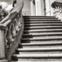 Старая лестница :: Татьяна Каримова