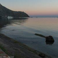 Поздний закат на Чёрном море. :: Виктор Евстратов