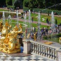 Скульптуры и фонтаны Петергофа, :: Anna Gornostayeva