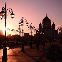 Храм Христа Спасителя на закате :: Наталия Киреева