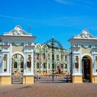 Президентские ворота :: Сергей Беляев