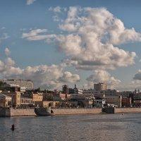 про неспешные облака над городом :: mig-2111 Новик
