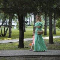 То ли девочки, а то ли виденье..... :: Людмила Шустова