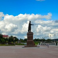 Набережная перед дождём :: Милешкин Владимир Алексеевич