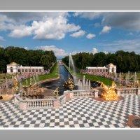 Большой каскад фонтанов в Петергофе :: Александр Лебедев