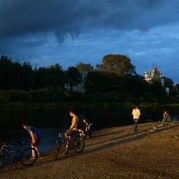 Последние лучики заходящего солнца :: Наталья Левина