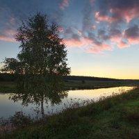 Вечер на реке :: Юрий Кольцов