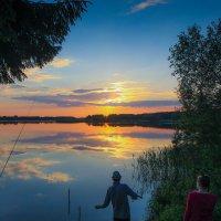 Хорошее место для рыбалки :: Владимир Безбородов