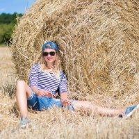 Фотосессия девушка. Девушка в поле. Семейный фотограф Руслан Кокорев. :: Руслан Кокорев