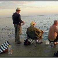 рыбалка  на  закате. :: Ivana