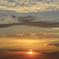 Закат перед непогодой :: valeriy khlopunov