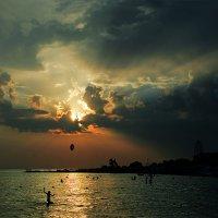 Долетит ли круг до солнца..? :: Александр Бойко