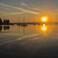 Летний рассвет на озере Тургояк :: Альмира Юсупова